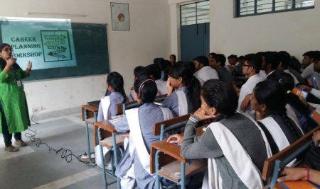 CAREER COUNSELLING SESSION FOR SCHOOL STUDENTS